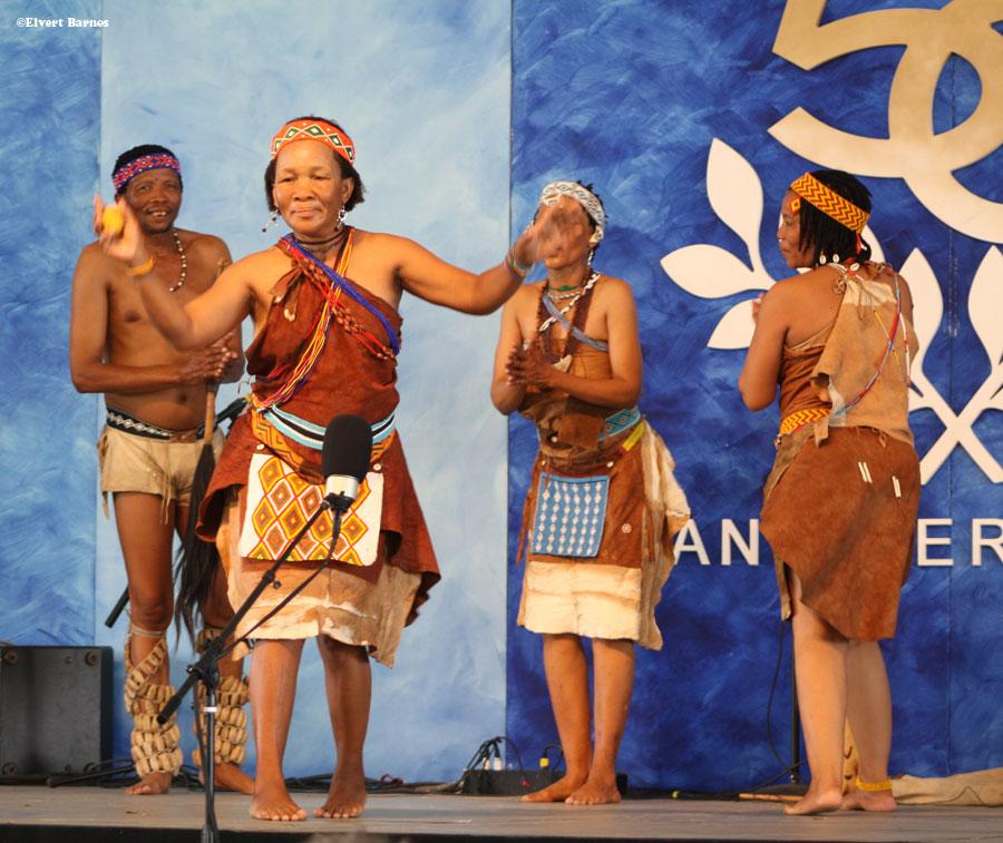 Botswana-traditional-dancers