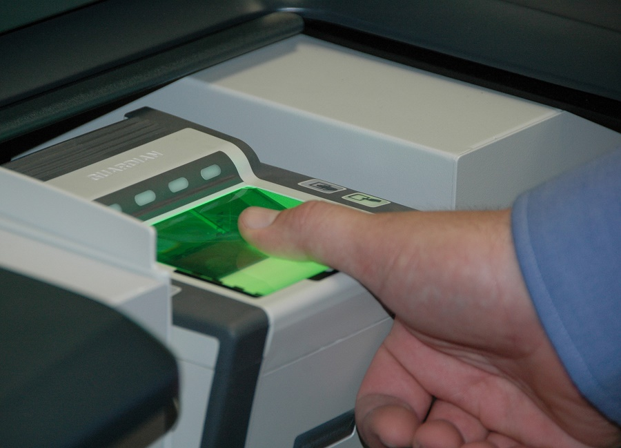 BAMF calls for all refugees to be fingerprinted to fight fraud