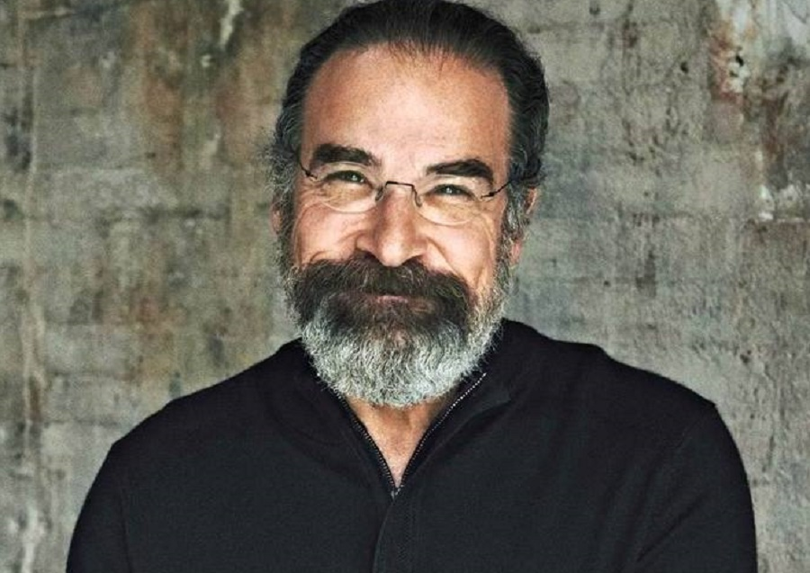 """Actor Mandy Patinkin reminds world leaders that refugees """"are human beings, they are not terrorists"""" (Photo: Mandy Patinkin/Facebook)"""