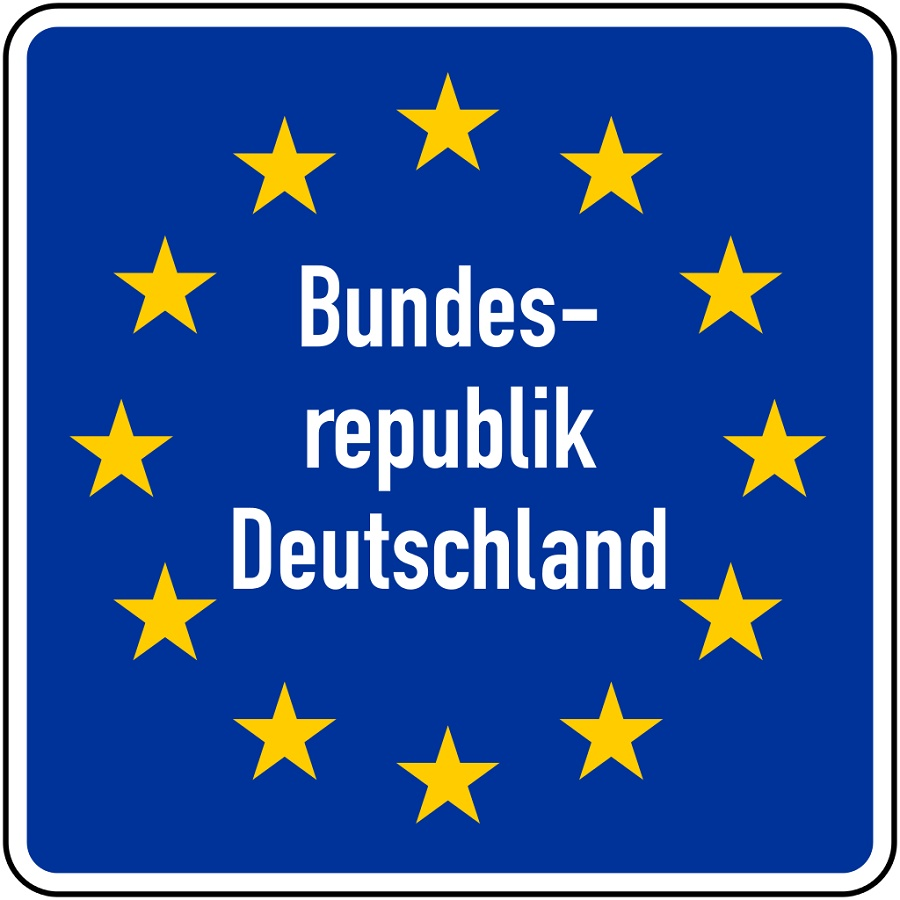 German road sign for the EU Border. Photo by Gigillo83