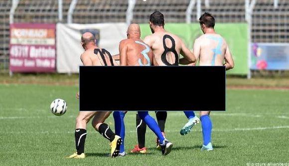 football team play naked