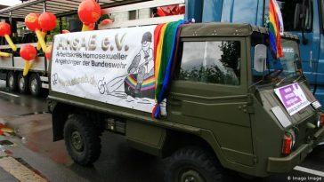 Germany: gay soldiers to receive compensation