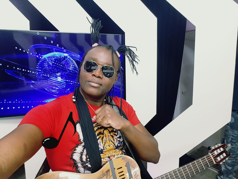 Guitar wizard Olivier Tshimanga