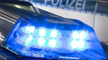 car hits pedestrians in Trier
